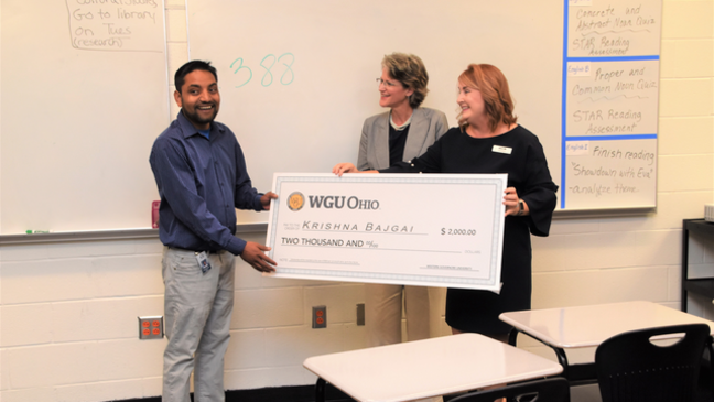 Westerville teachers aide surprised with scholarship from Western