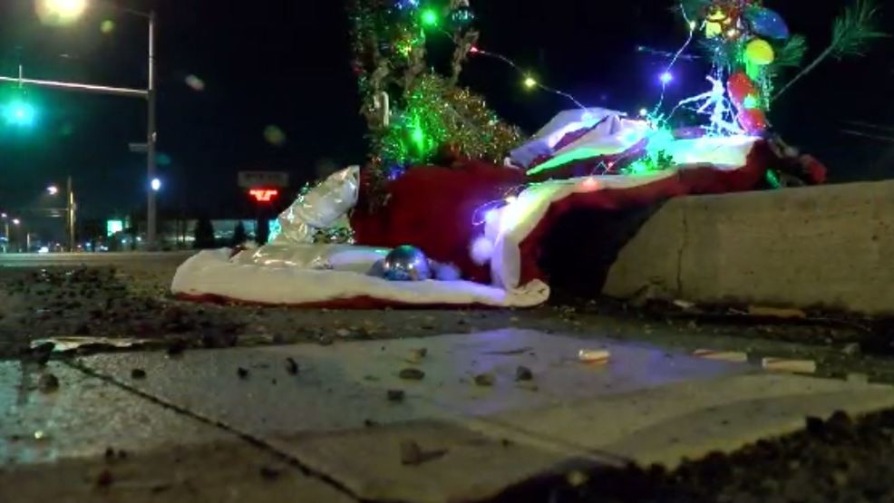 Toledo Christmas Weed.Creative Christmas Weed Becomes Holiday Favorite In Toledo