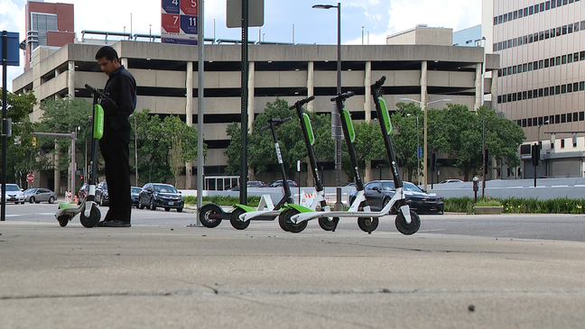 Columbus in talks to regulate electric scooters-for-rent | WSYX