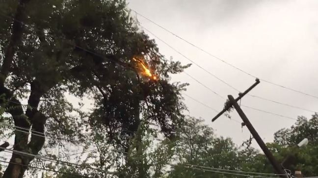 Overnight tornado in east Columbus causes destruction and