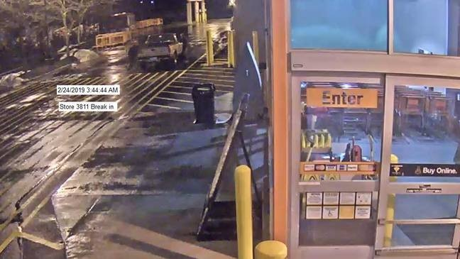 Police searching for suspects accused of stealing $8,000